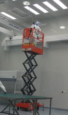 Cleanroom cleaning Mt Stromlo