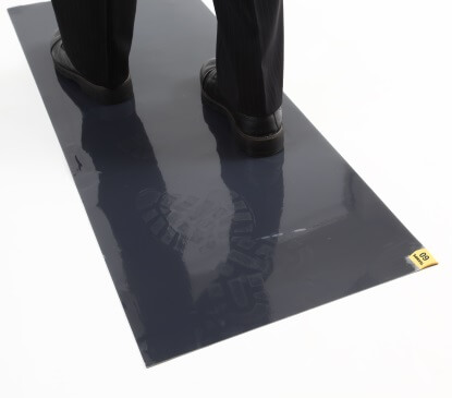 64010B - Texwipe 60-Layer CleanStep™ Mats <br />63.5 x 114.3 cm adhesive-coated contamination control tacky mats, 4 per case